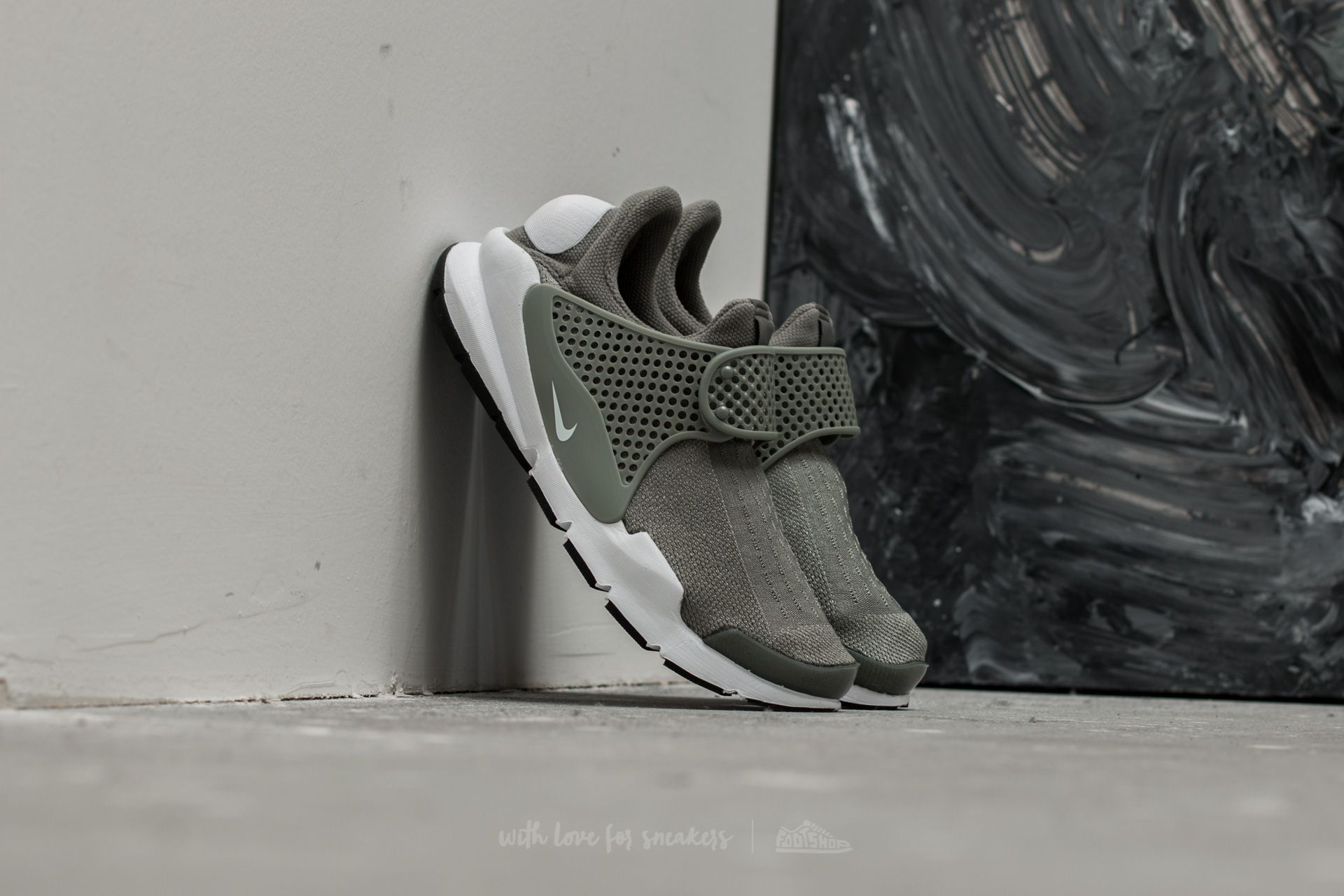 Nike Wmns Sock Dart