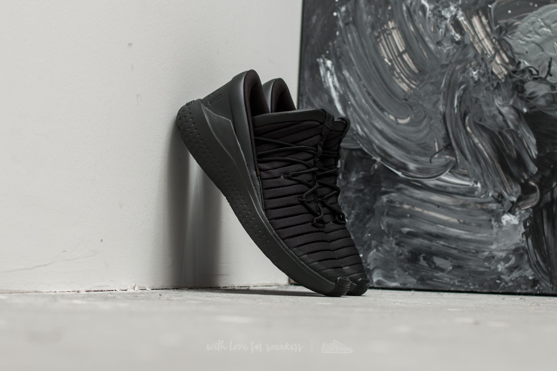 846b0504ab06 Jordan Flight Luxe Black  Anthracite-Black