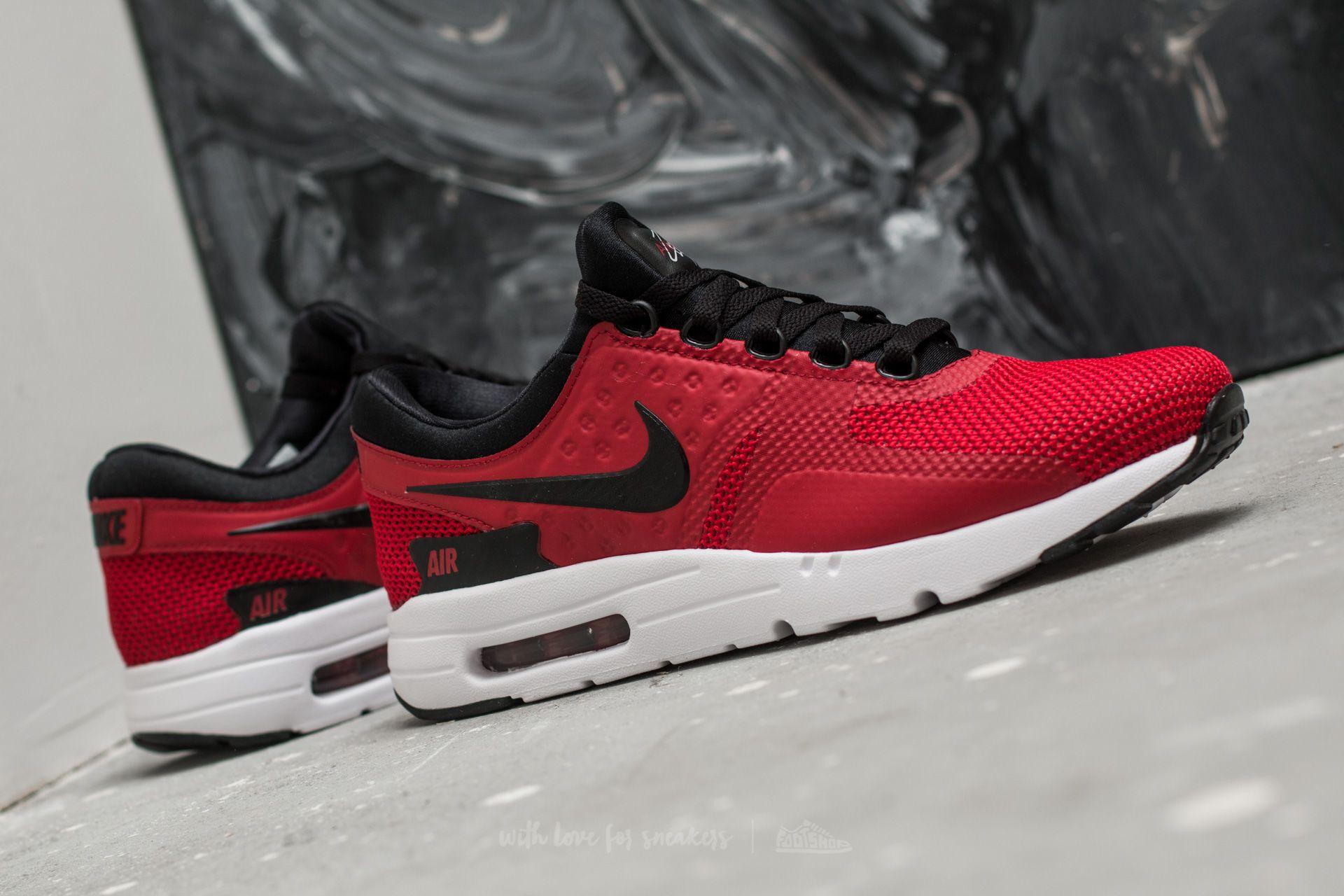 Nike Air Max Zero Essential Tough Red