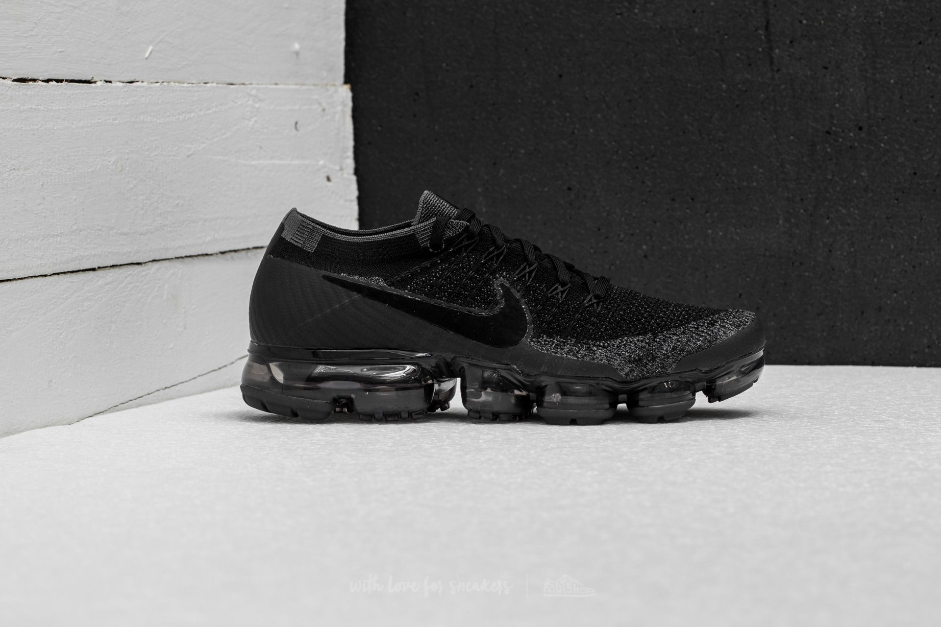 presenting factory outlets reasonably priced Nike Air Vapormax Flyknit Black/ Anthracite-Dark Grey | Footshop