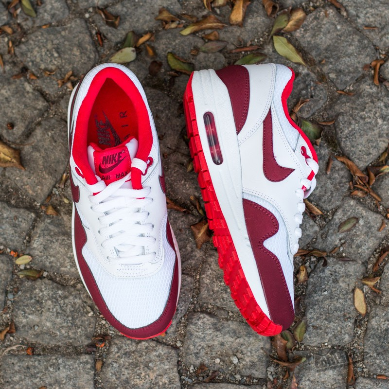Nike WMNS Air Max 1 Essential WhiteTeam Red Action Red | Footshop
