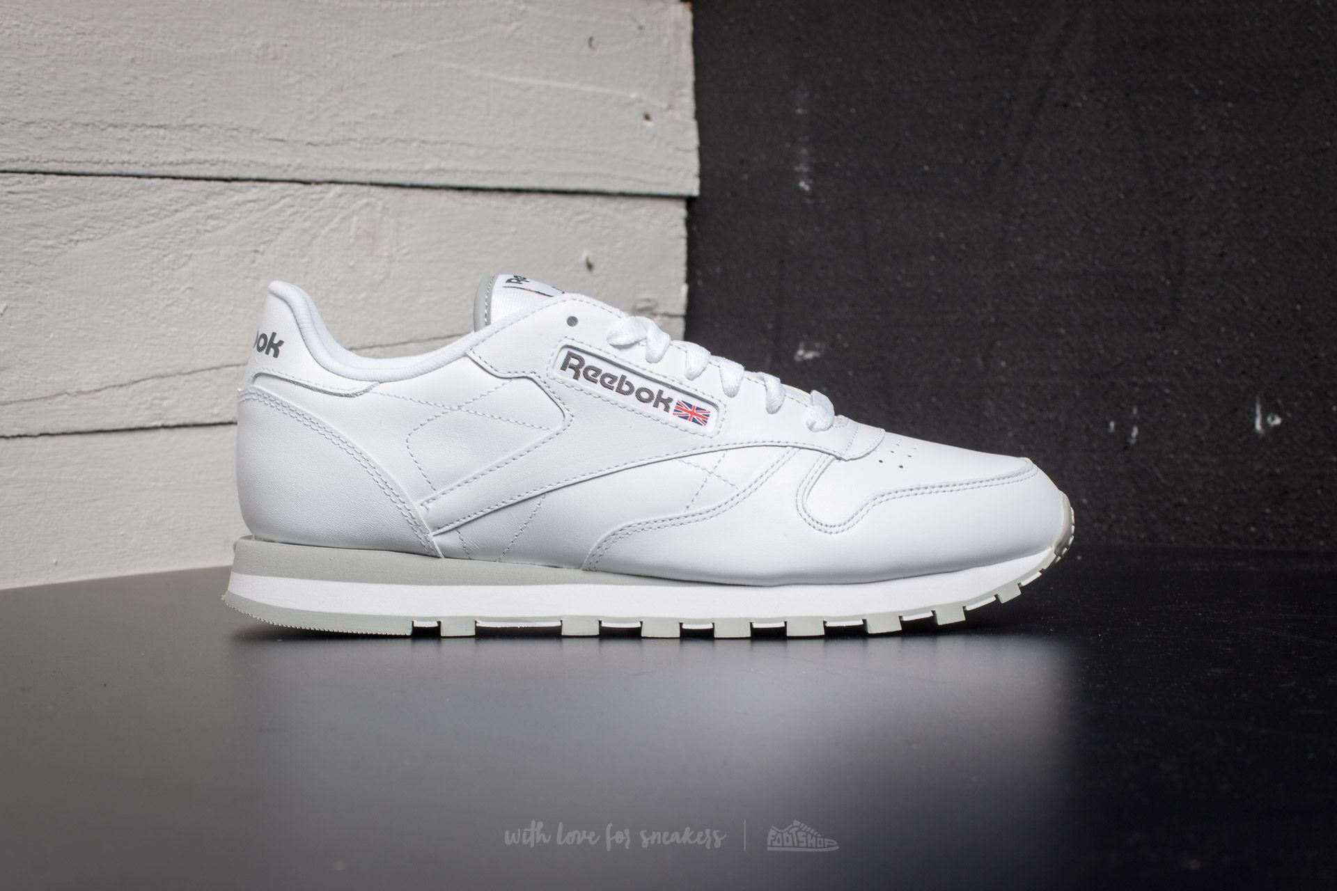 bf573fbe708 Reebok Classic Leather White Light Grey at a great price 90 € buy at  Footshop