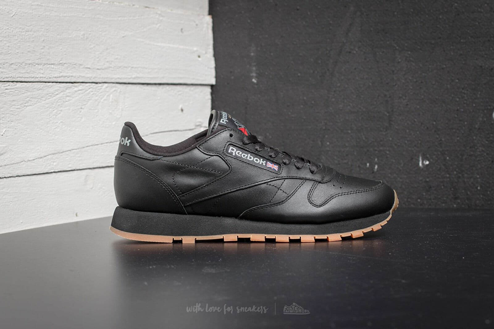 3a3a1057 Reebok Classic Leather Black/ Gum at a great price 90 € buy at Footshop