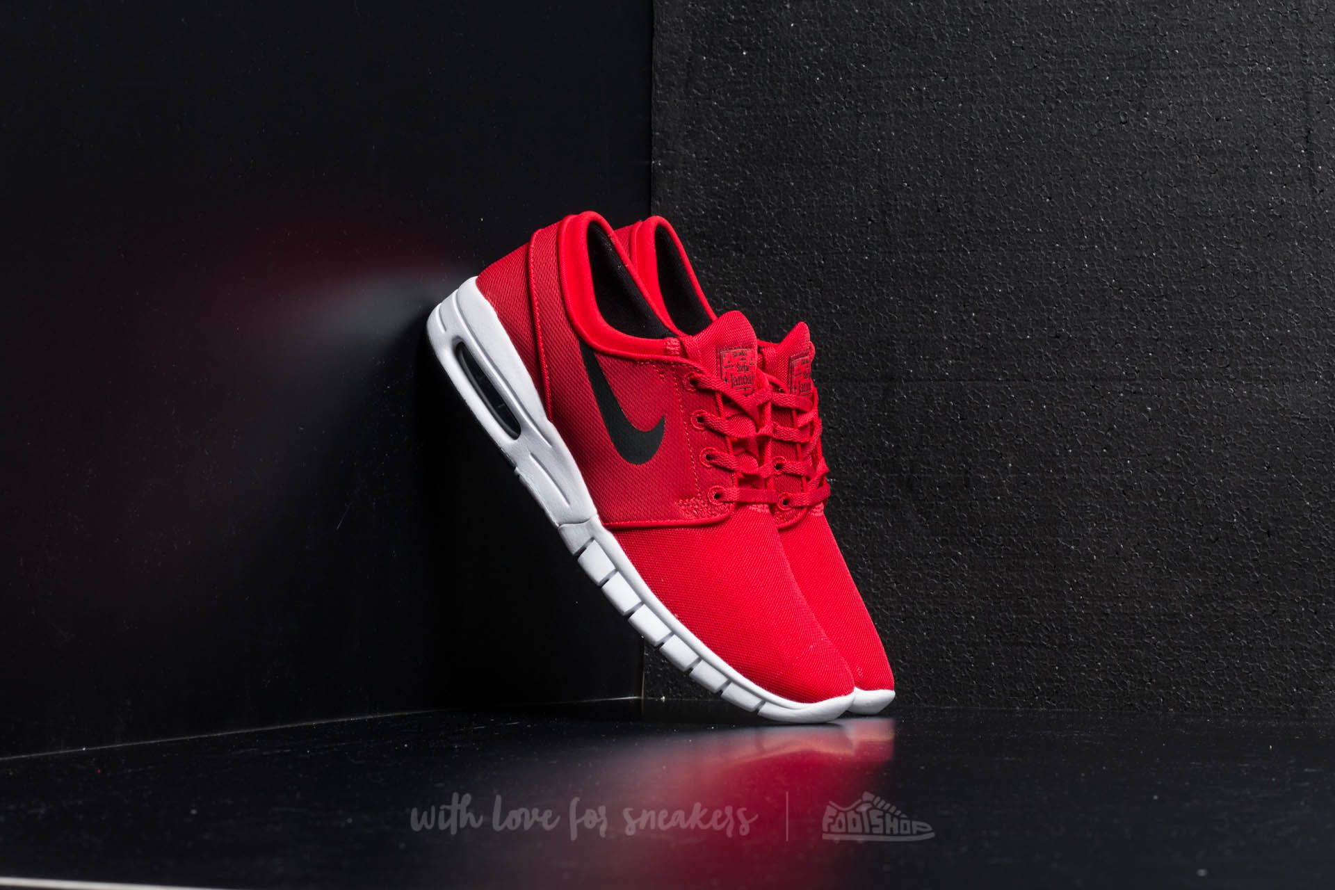 45ebfacec8a8 ... best price nike stefan janoski max university red black white 6c285  64e77