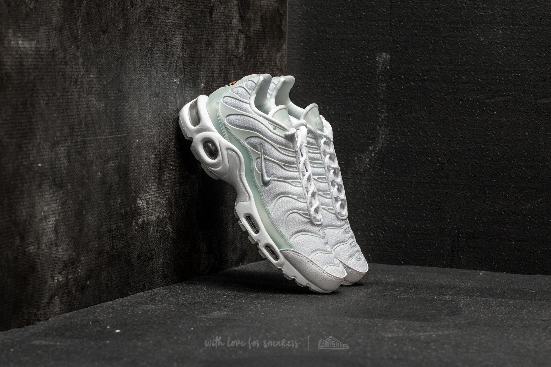 daf08023dd2 Nike WMNS Air Max Plus SE White  Pure Platinum-Ice