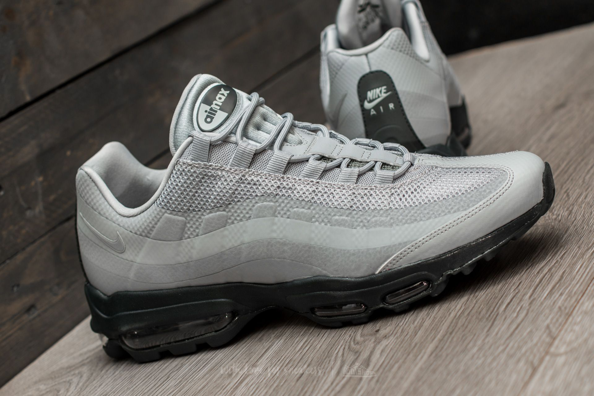 nike air max 95 ultra essential trainer cool grey / anthracite