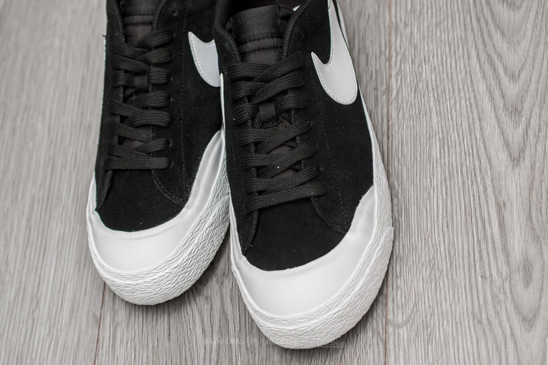 Men's shoes Nike SB Blazer Zoom Low XT