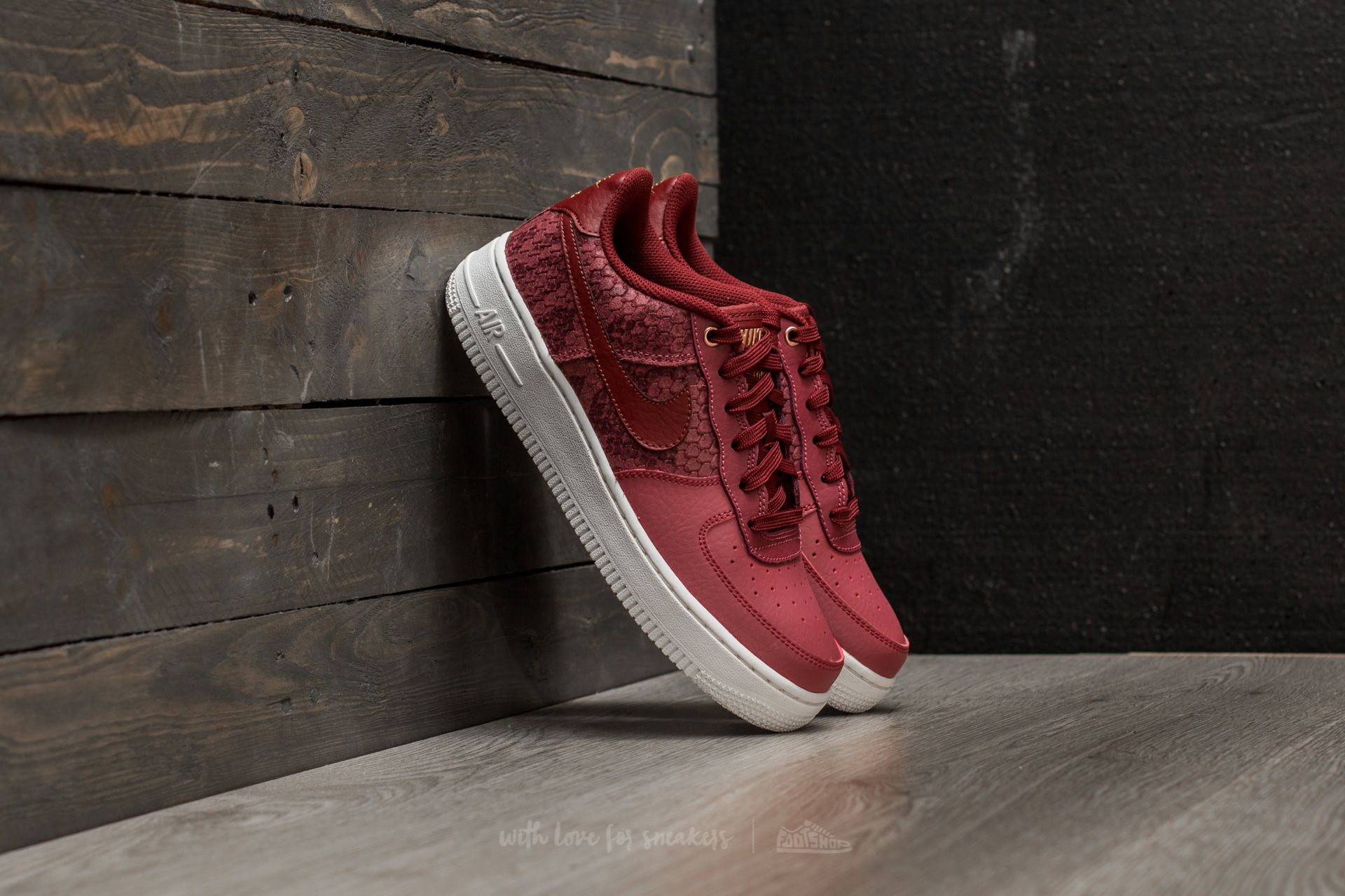 Nike Air Force 1 LV8 (GS) Port  Dark Team Red  8c7d4ddab