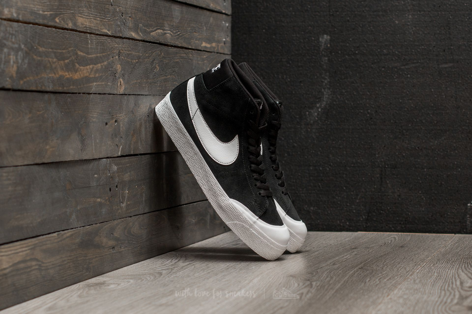 a95a011fe356 Nike SB Blazer Zoom Mid XT Black  White-Gum Light Brown