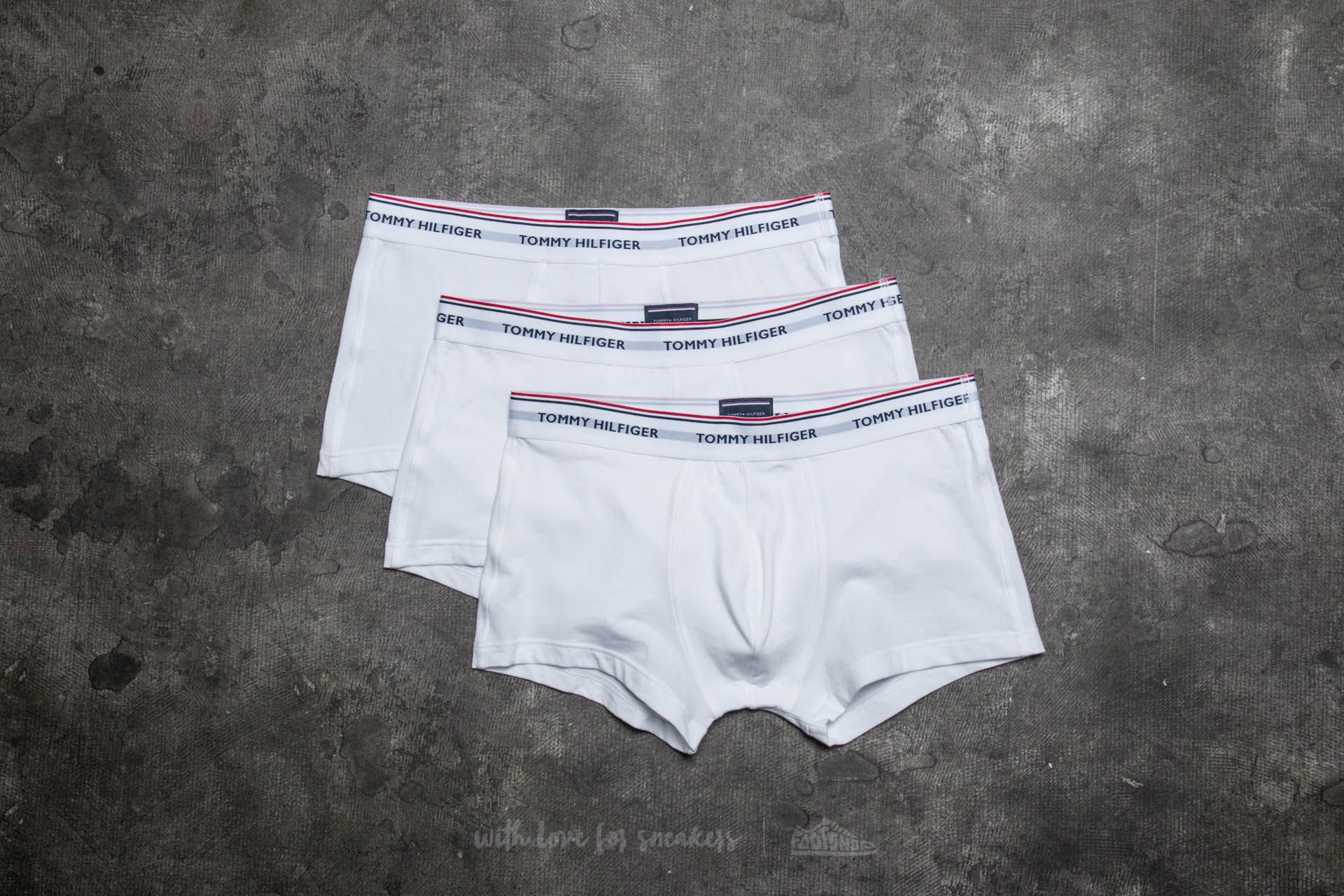 Boxerky Tommy Hilfiger Premium Essential 3 Pack Low Rise Trunks White
