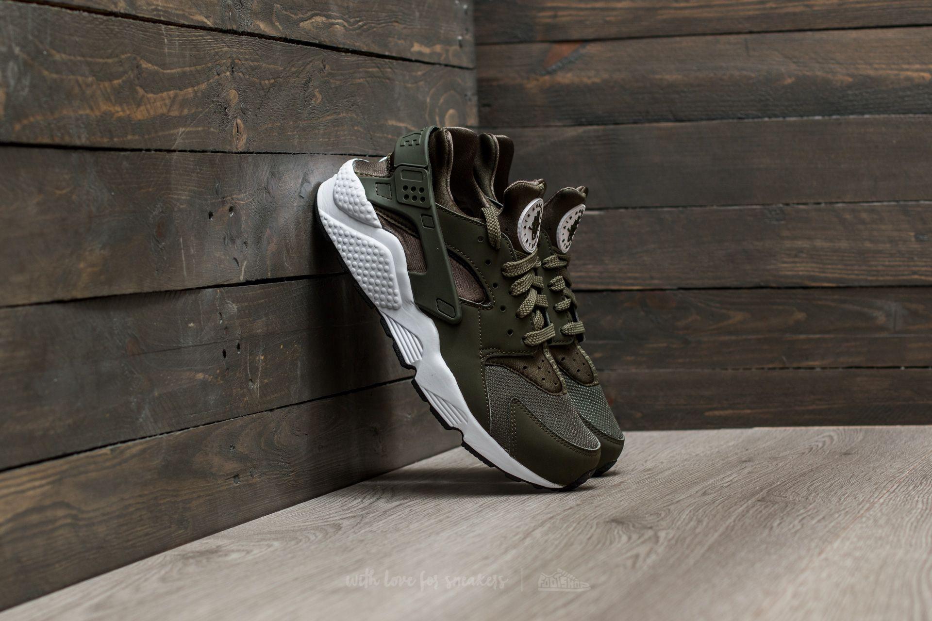 Men's shoes Nike Air Huarache Cargo