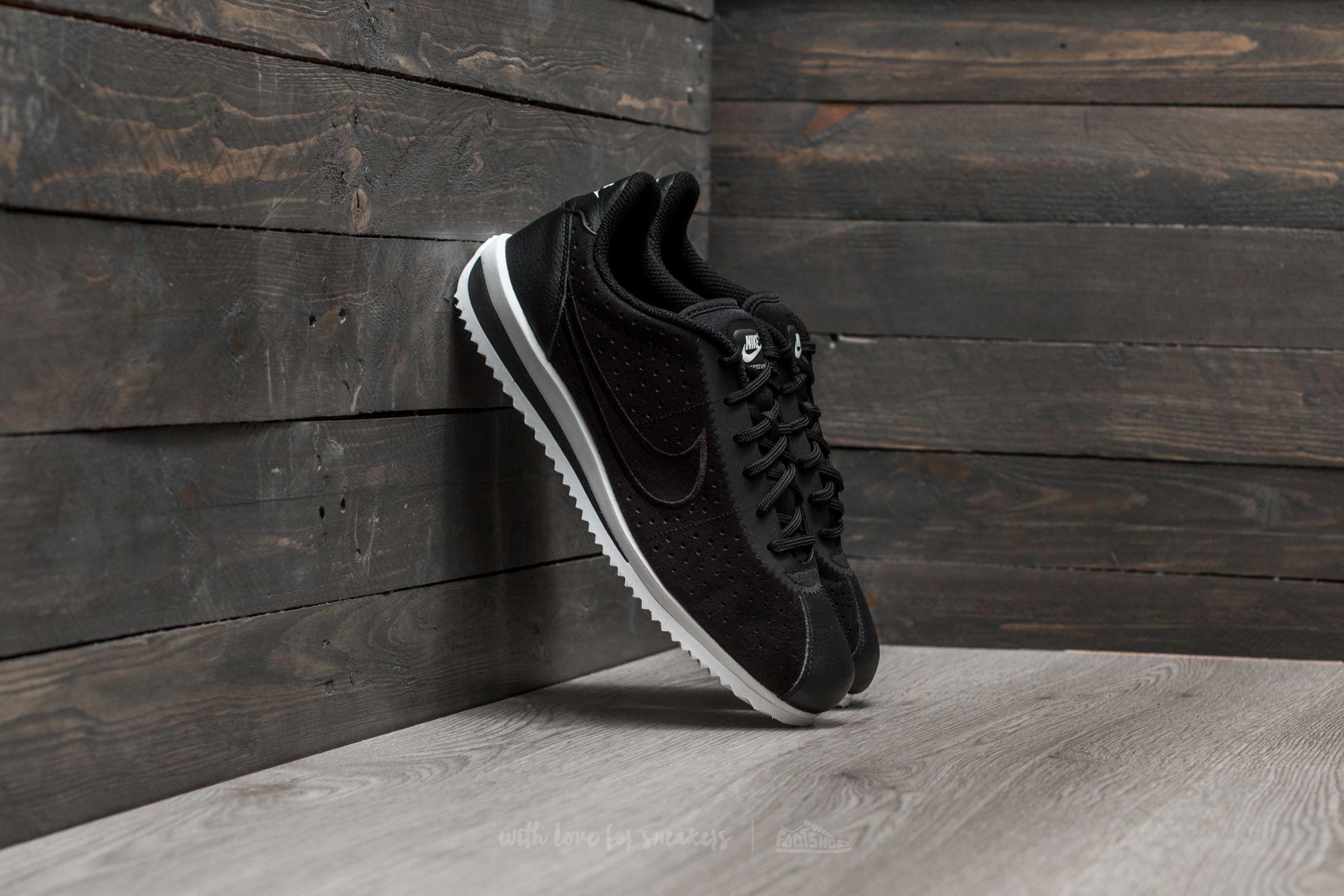 Nike Cortez Ultra Moire 2 Black  Black-White  fed0ac22e