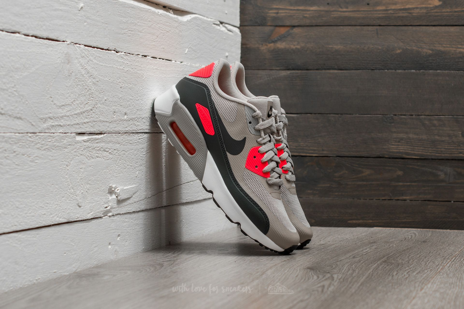 best sneakers 60c9a 663c3 Nike Air Max 90 Ultra 2.0 (GS)
