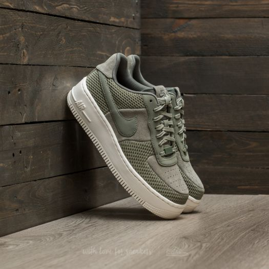 Nike Women's Air Force 1 Upstep Premium