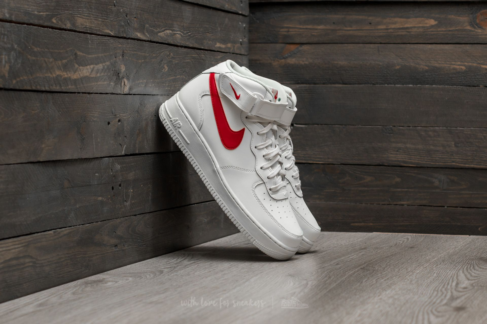 23b32a81398ff0 Nike Air Force Mid ´07 Sail  University Red