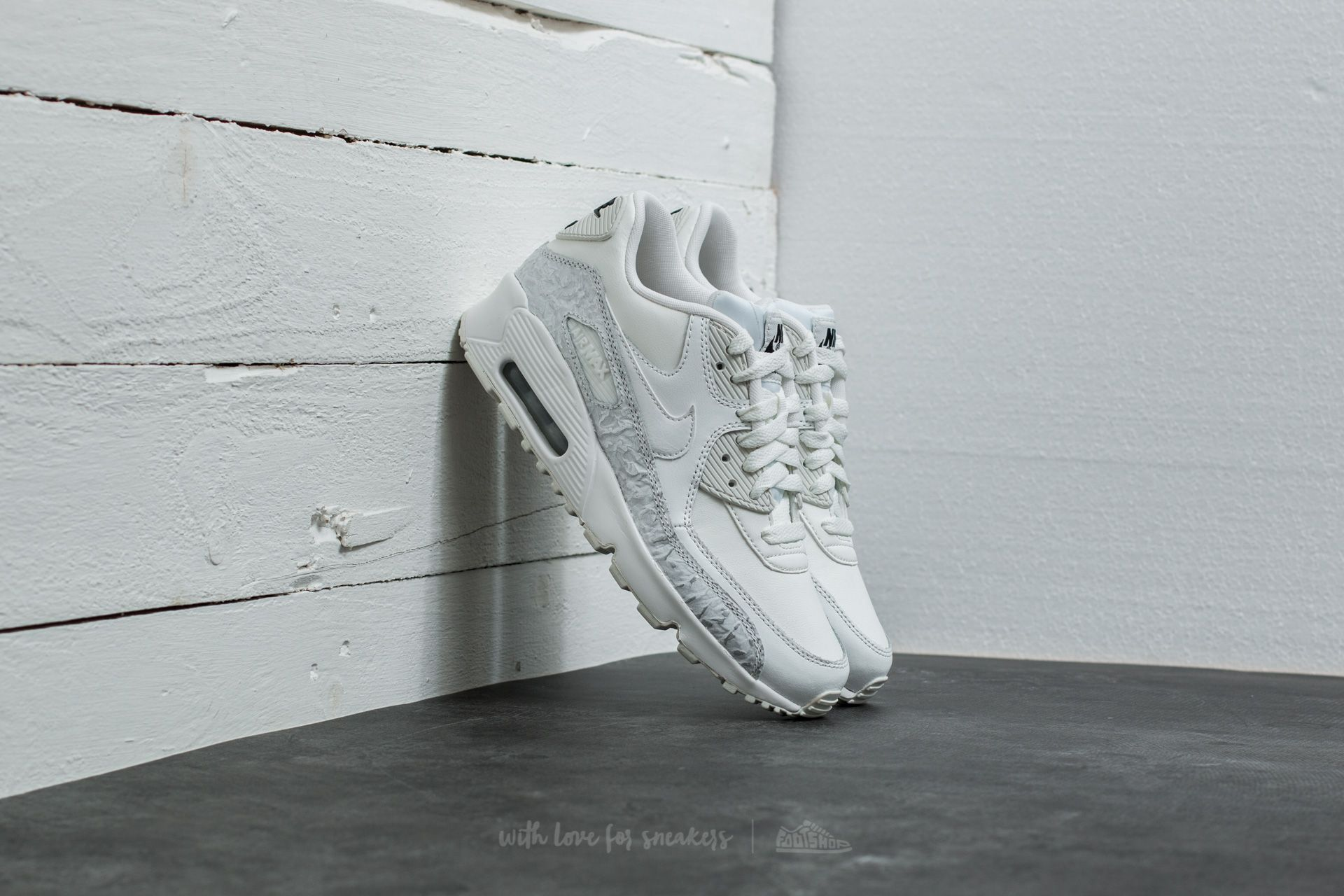 sale retailer 9ca3d d693e Nike Air Max 90 Leather SE (GG) Summit White/ Summit White ...