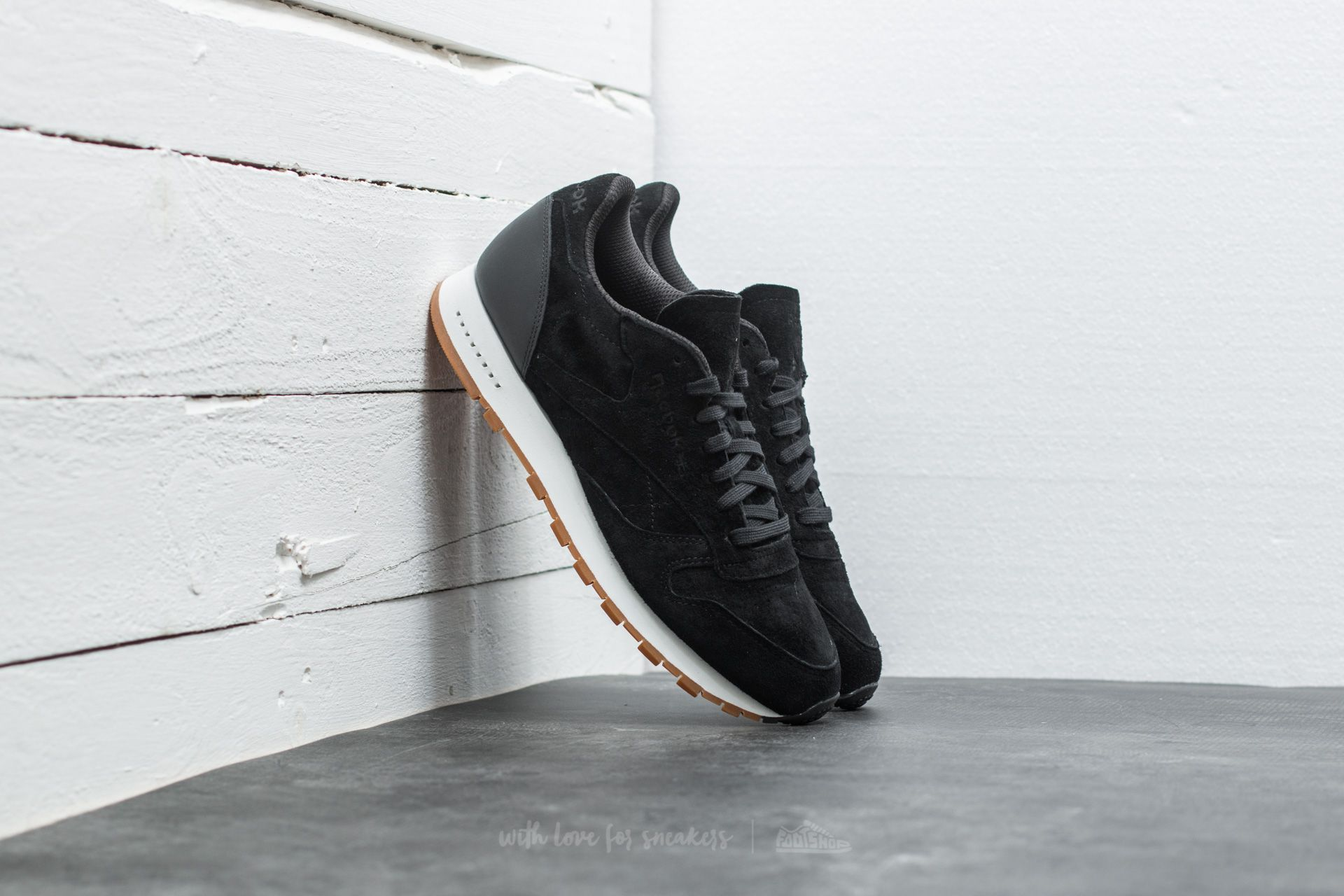 Reebok Classic Leather Seasonal Gum Black Chalk Gum | Footshop
