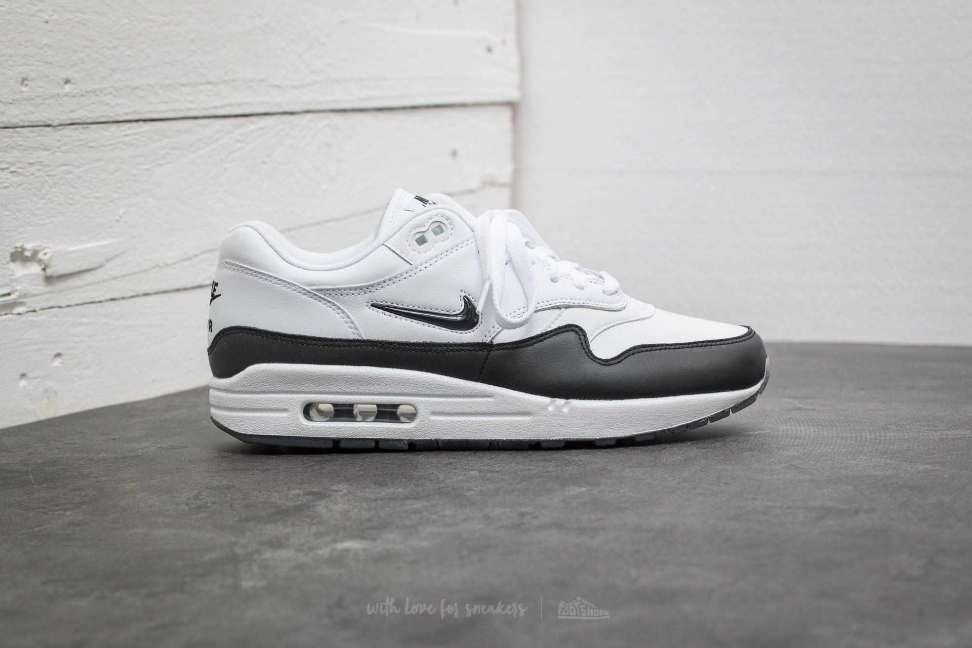 nike air max 1 jewel green nz|Free delivery!