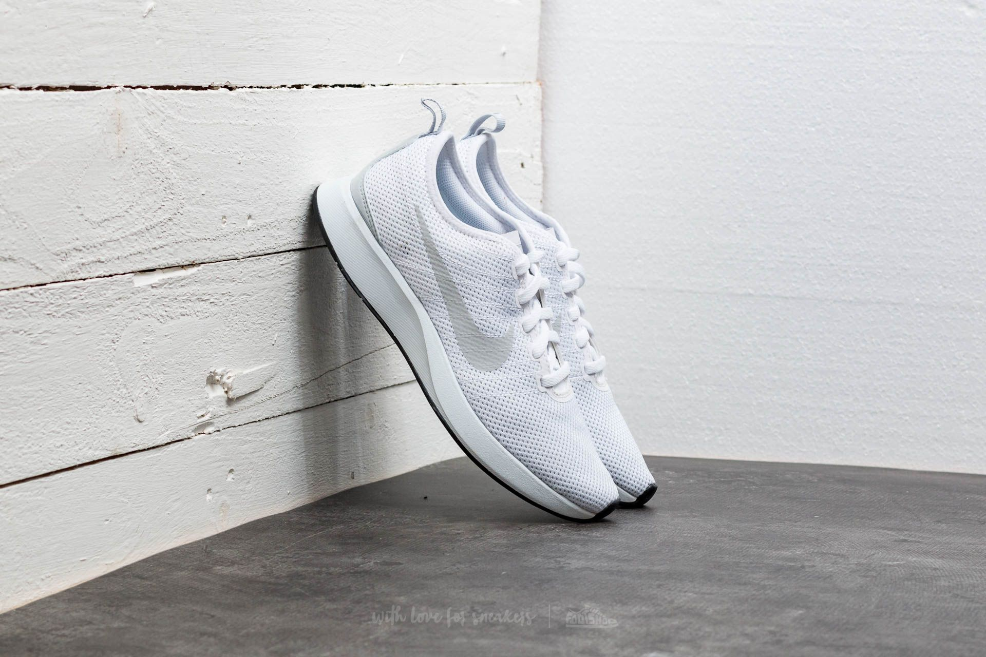 Nike W Dualtone Racer White  White-Pure Platinum  607a2a2016
