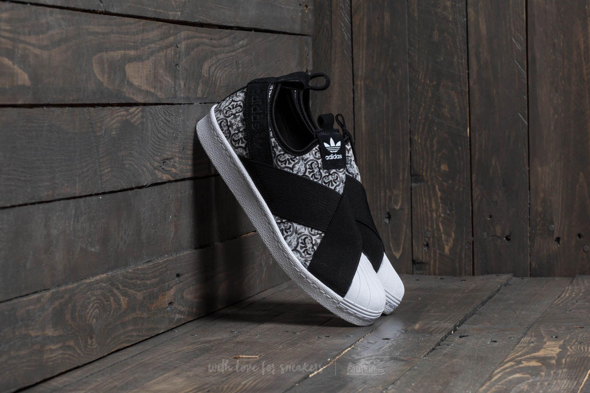 9e127ab397fbe adidas Superstar Slip On W Core Black  Core Black  Ftw White ...