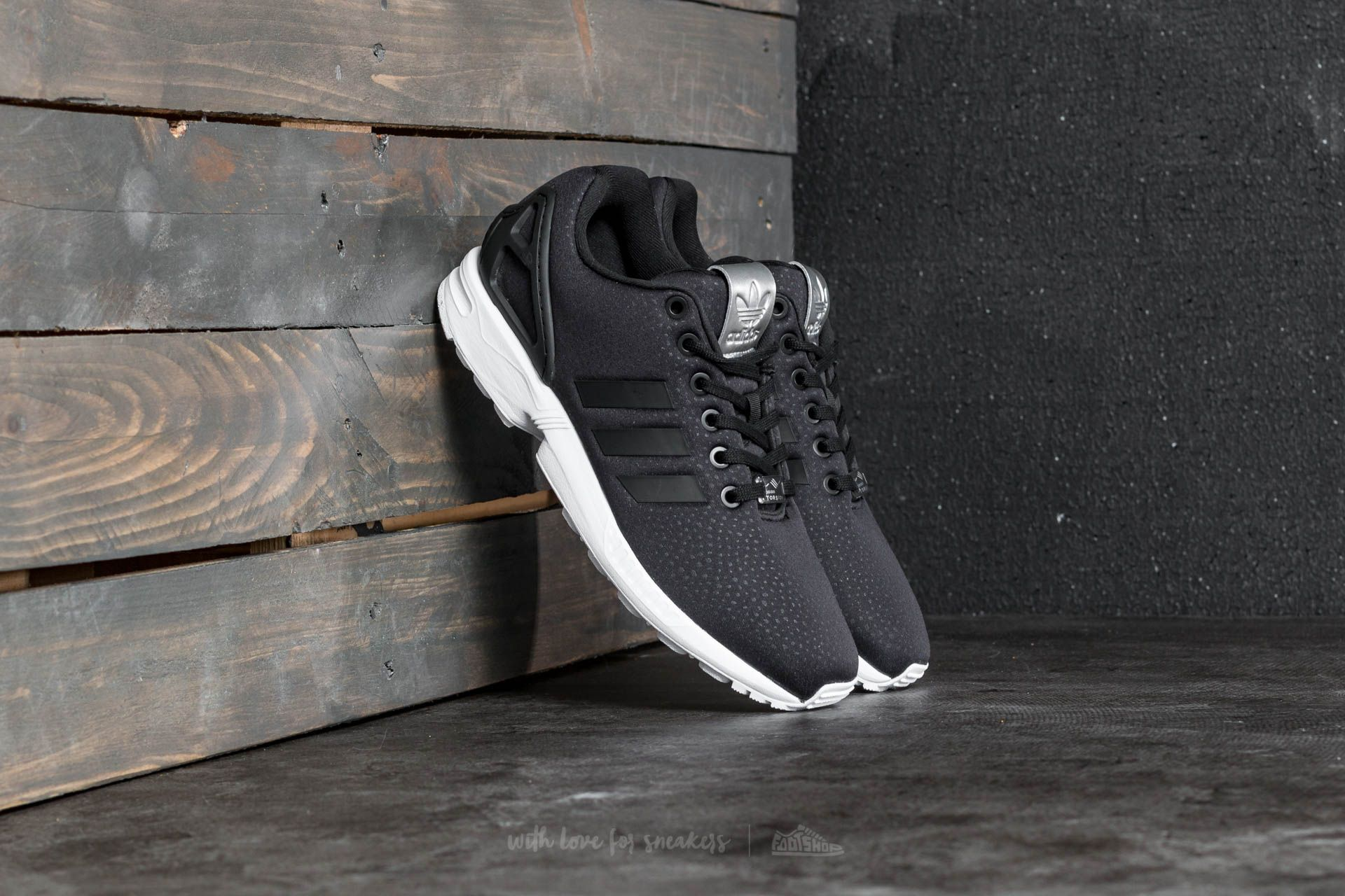 7b46218f645ac adidas ZX Flux W Core Black  Core Black  Silver Metallic at a great price