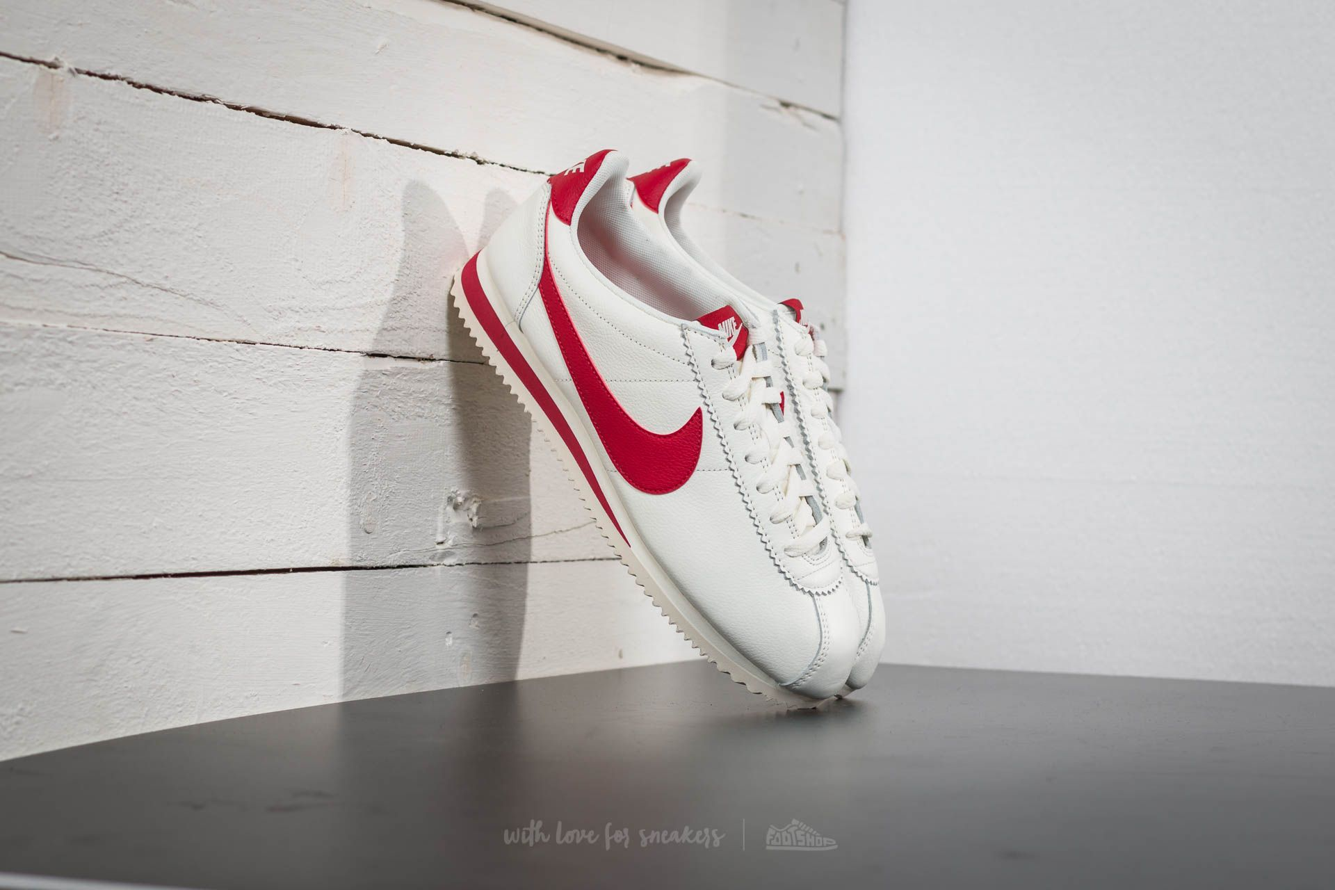 info for f7226 55d8a Nike Classic Cortez Leather SE. Sail  Gym Red