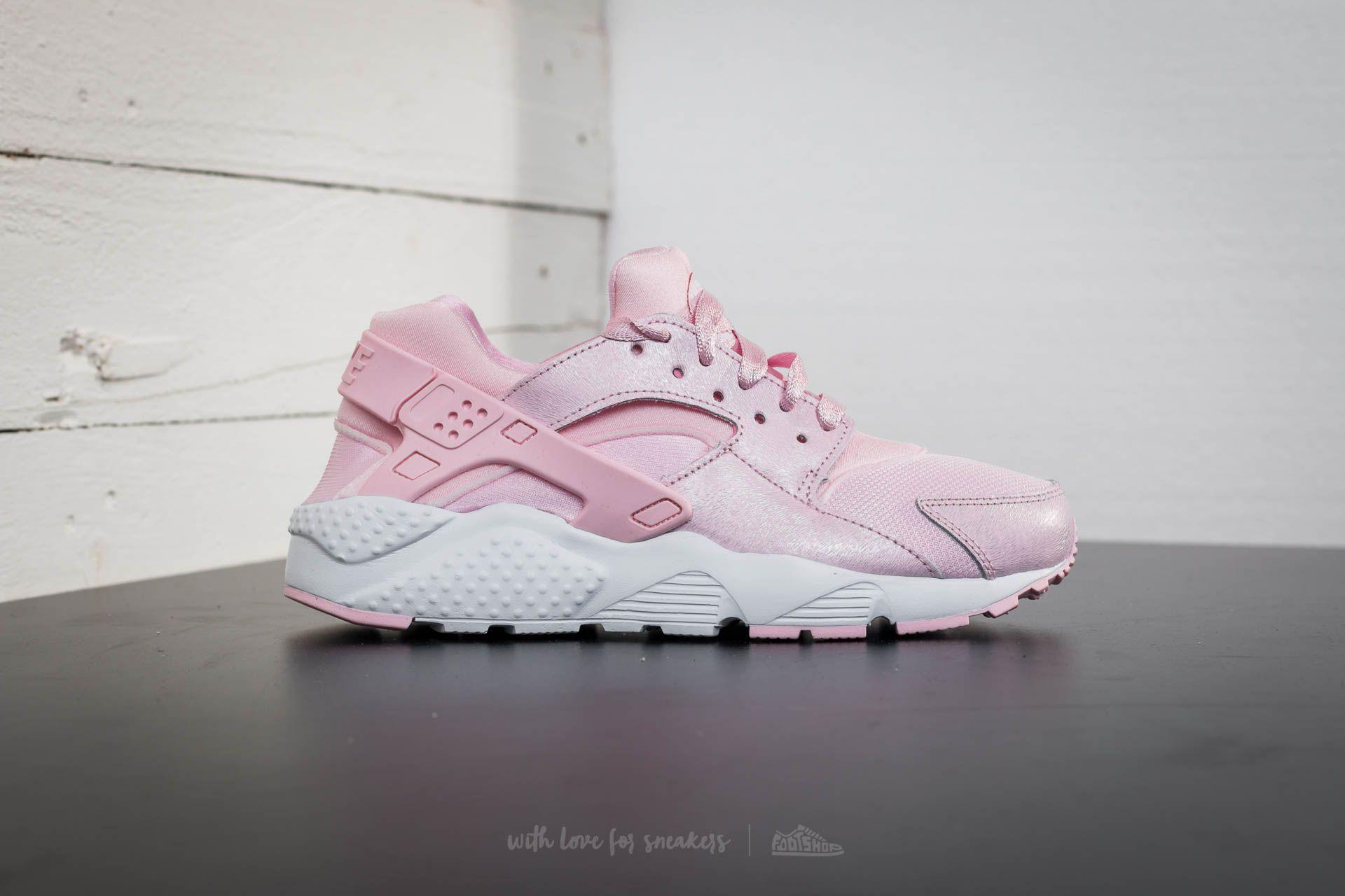 Dámské tenisky a boty Nike Huarache Run