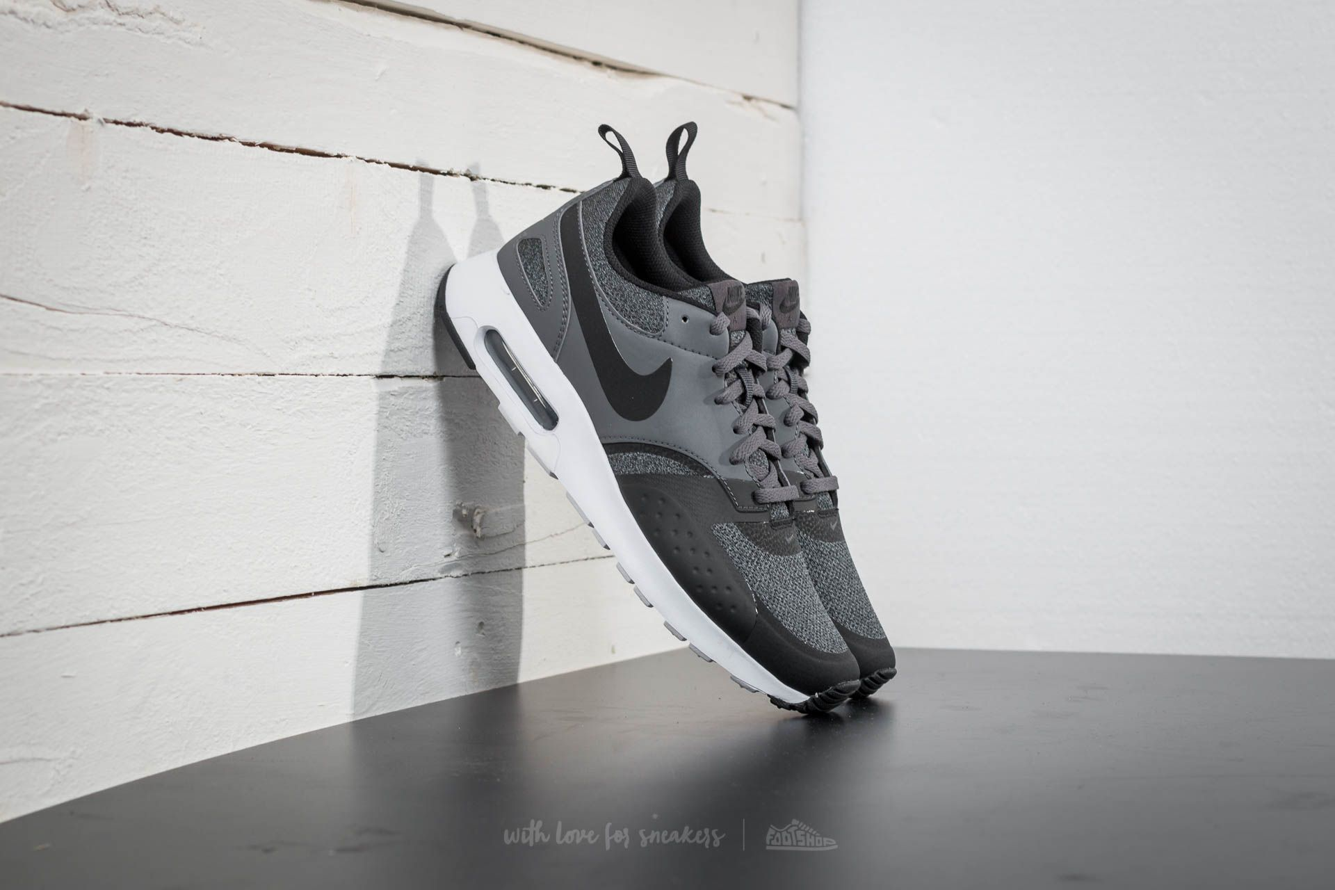 online retailer d8830 542b7 Nike Air Max Vision SE. Anthracite  Black-Dark Grey