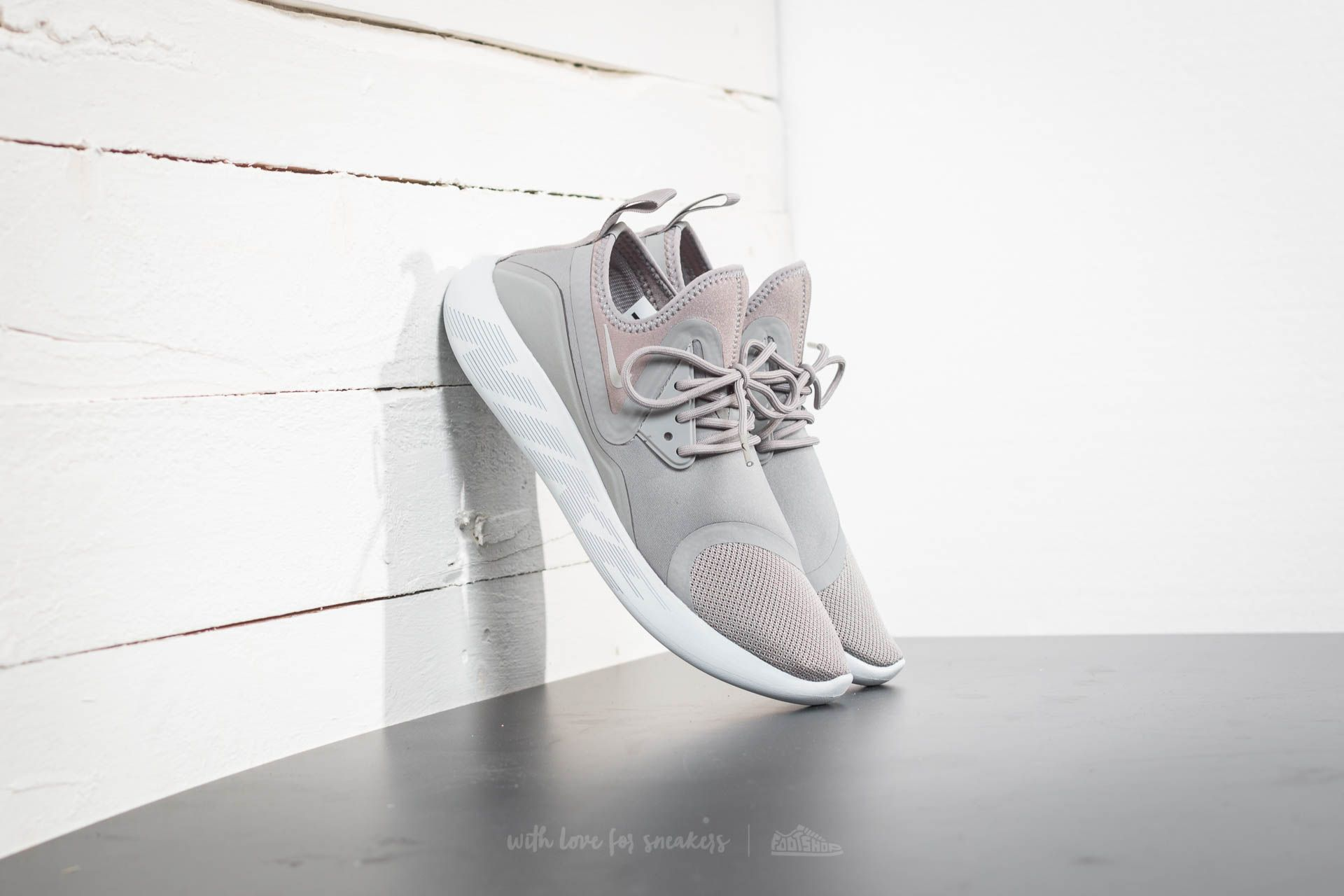 b0878f248afb Nike Lunarcharge Essential Dust  Cobblestone-Pure Platinum ...