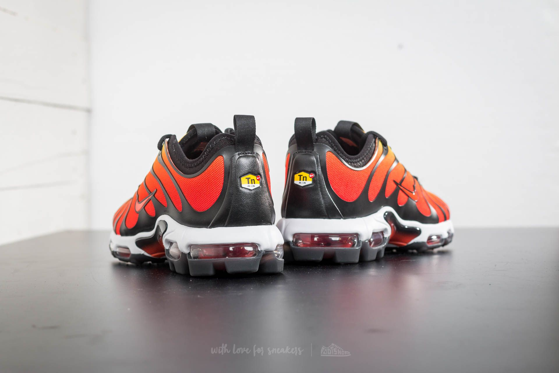 Nike Air Max Plus TN Ultra Black Team Orange Tour Yellow