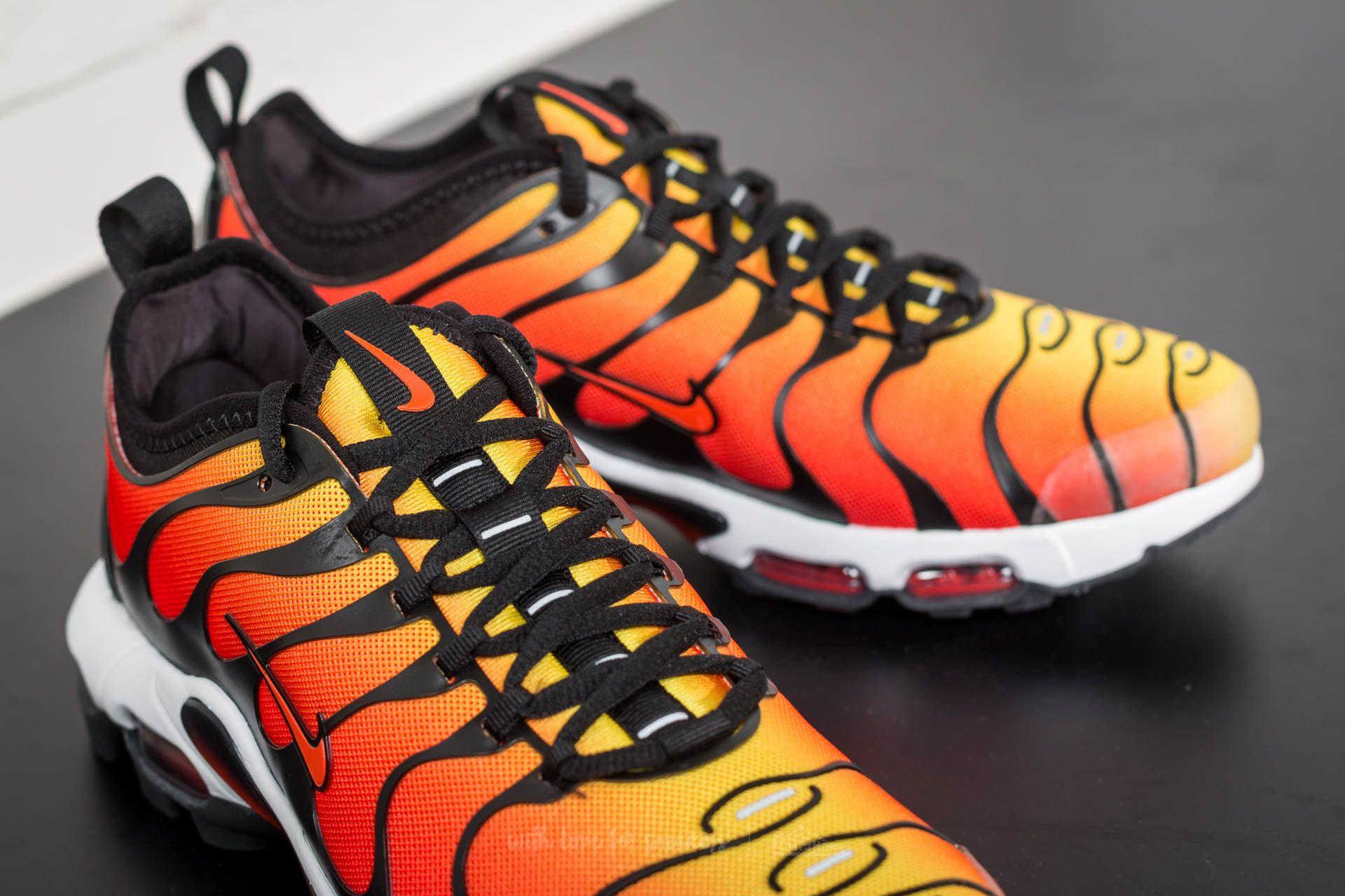 Nike Air Max Plus Team Orange Team Red