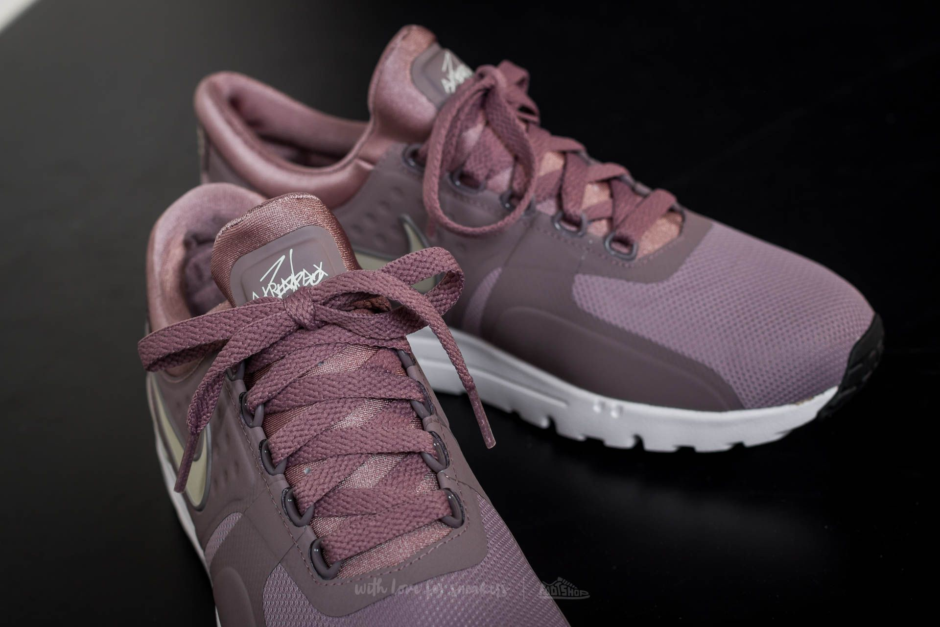 Nike Wmns Air Max Zero Taupe Grey Lt Orewood Brown | Footshop