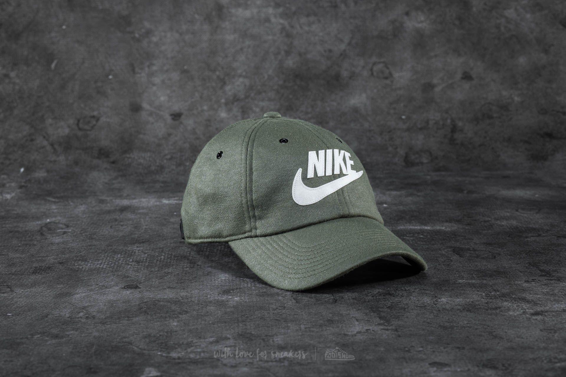 0c8bb4c8ca4ea Nike Sportswear Heritage86 Cap Olive