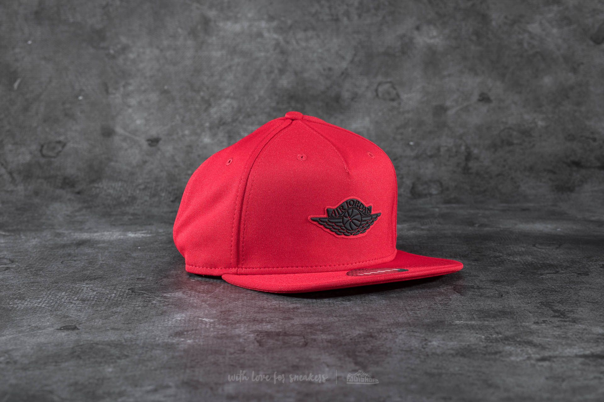 Jordan Wings Strapback Red  Black  8f6a24310ec