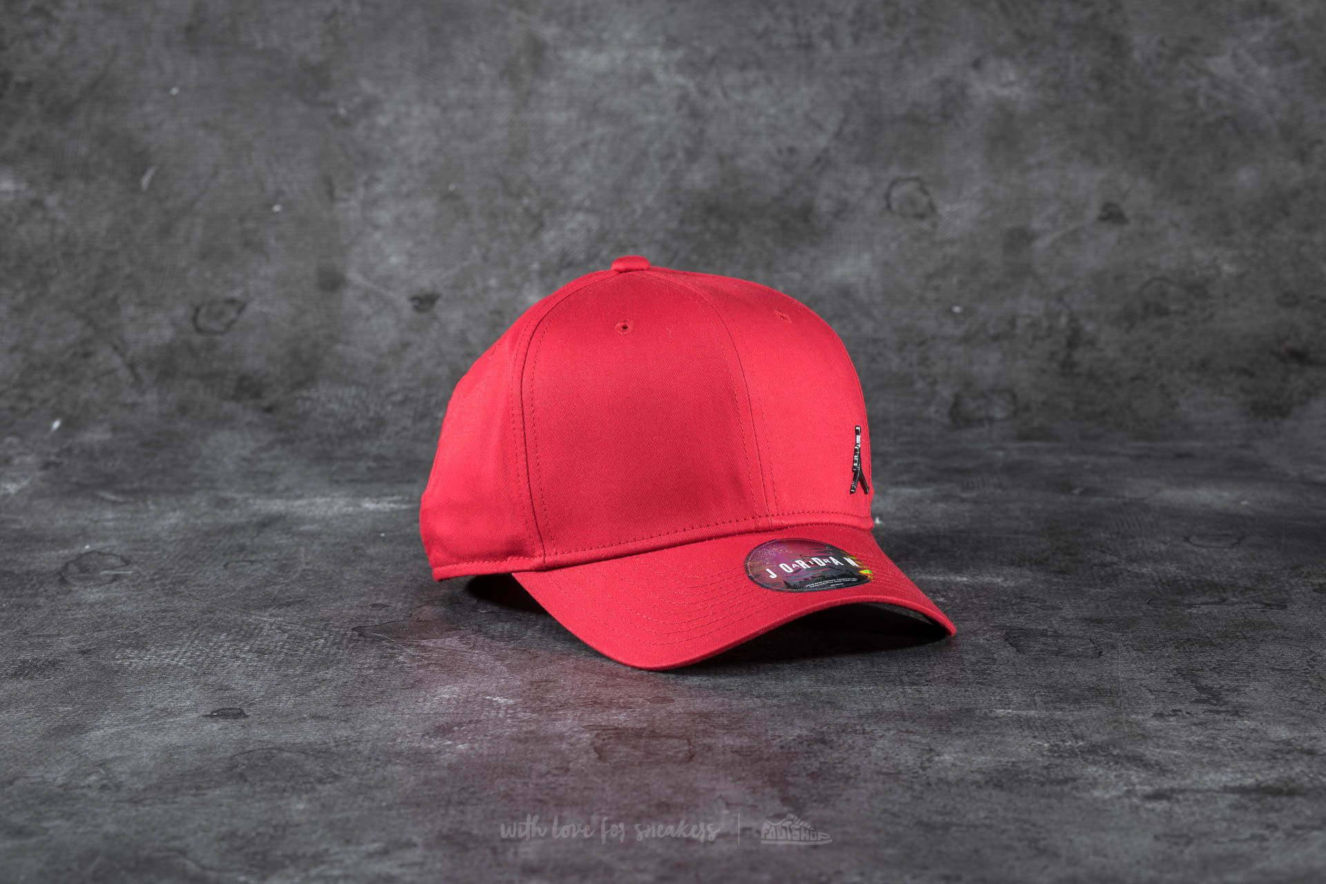 Jordan CLC99 Metal Jumpman Cap Red at a great price 29 € buy at Footshop dffdd7b5695