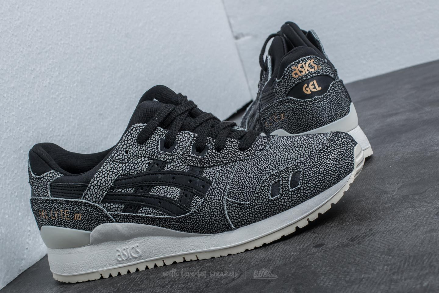 c5693894aa373 ... order asics gel lyte iii black black at a great price 77 buy at 9c610  145c9