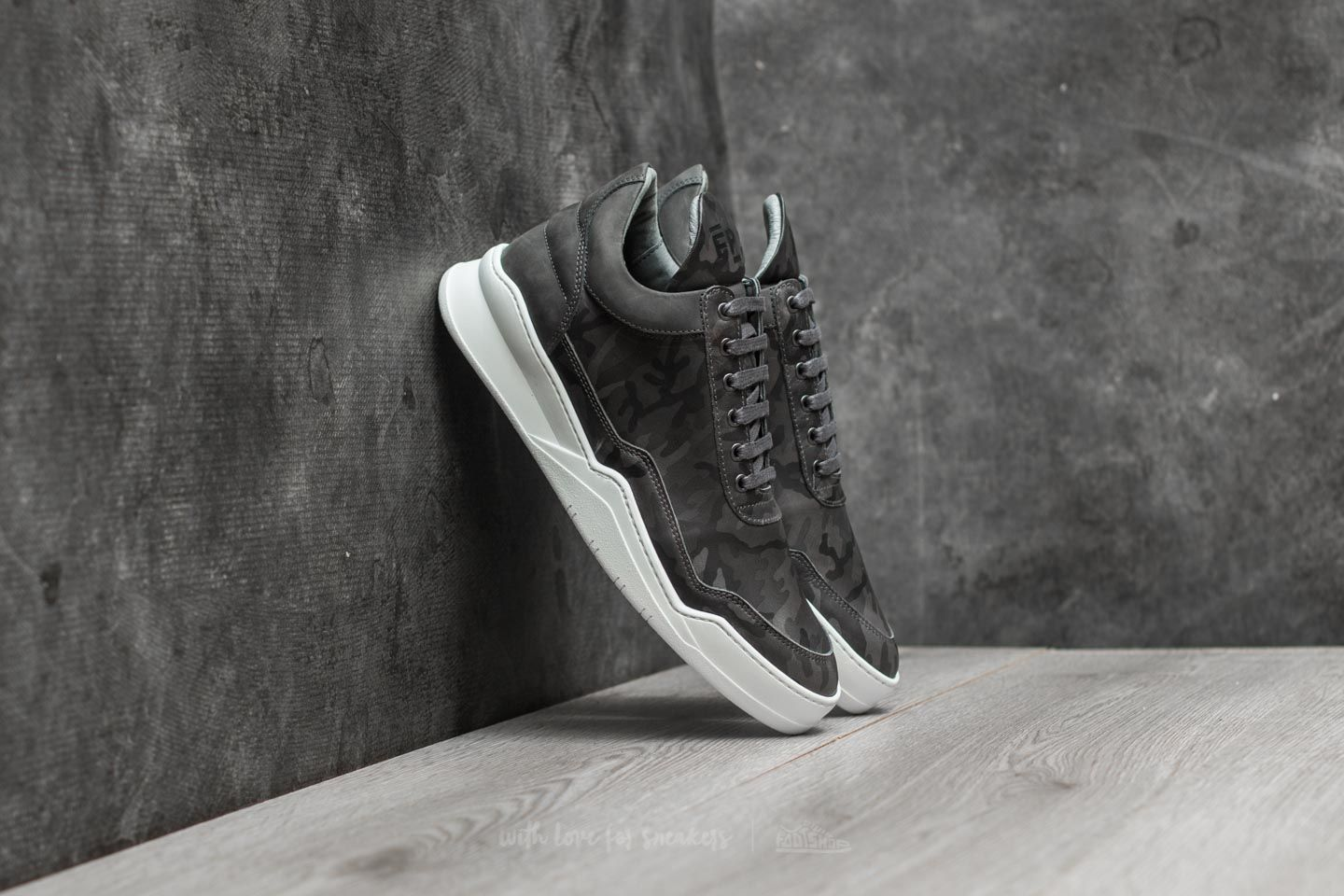 0d8a7c081b042 Filling Pieces Low Top Ghost Camo Black | Footshop