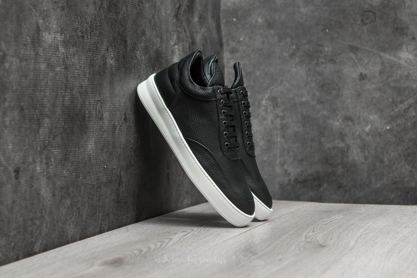 Filling Pieces W Low Top