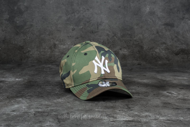 a4b21e515 New Era 9Forty League Essential New York Yankees Cap Woodland Camo/ White