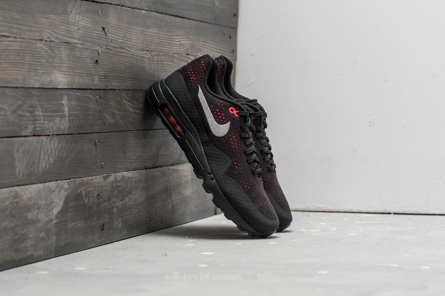 Nike Air Max 1 Ultra 2.0 Moire Black Wolf Grey Solar Red | Footshop