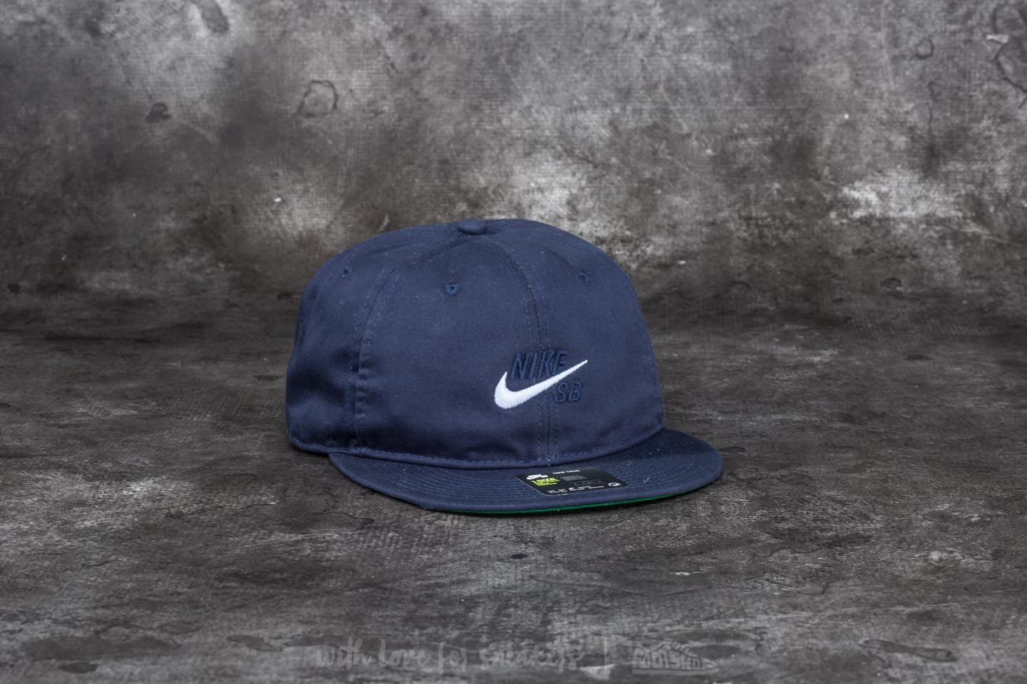 Nike SB Vintage Cap Obsidian  Pine Green  Hydrogen Blue at a great price 15 4bc29c3408c0