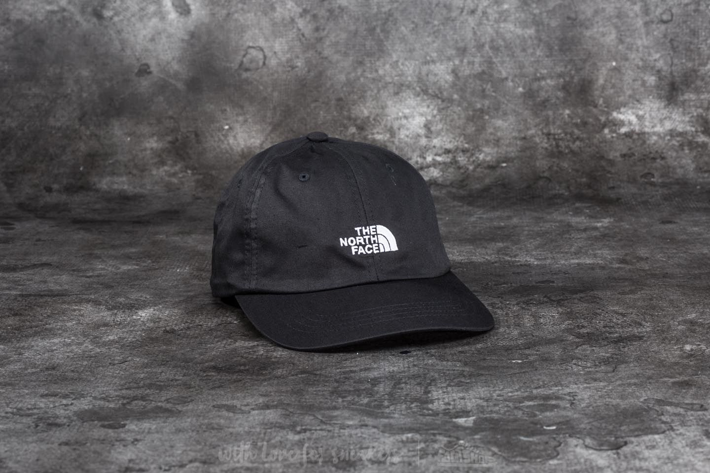 aabfad57e85 The North Face The Norm Hat Tnf Black
