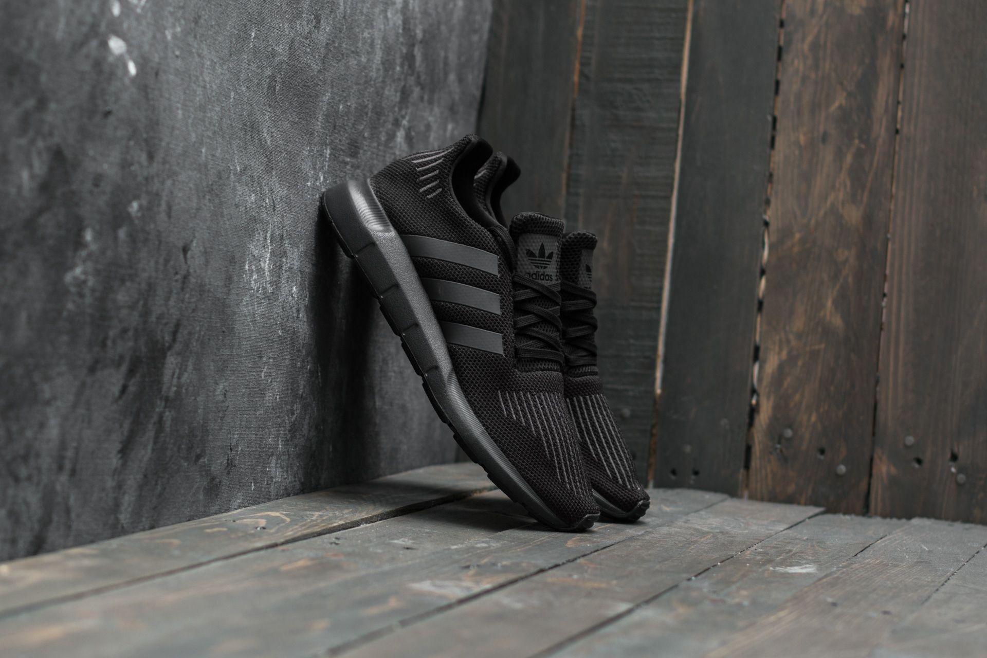 e2ef75c984f49 adidas Swift Run Core Black/ Utility Black/ Core Black | Footshop