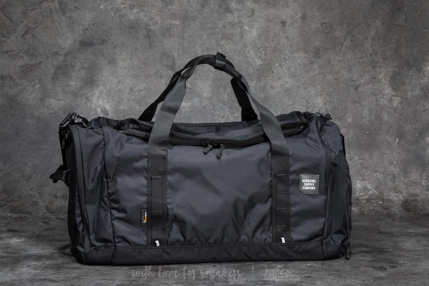 9ad205970d Herschel Supply Co. Gorge Large Duffle Bag Black