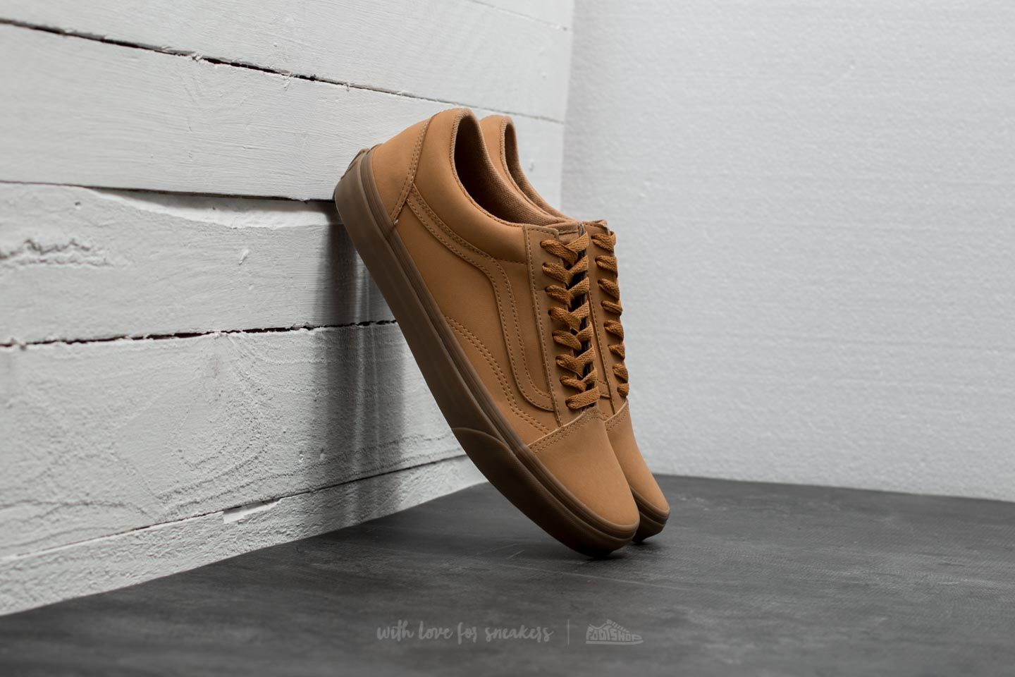 ad18915de61 Vans Old Skool (Vansbuck) Light Gum  Mono