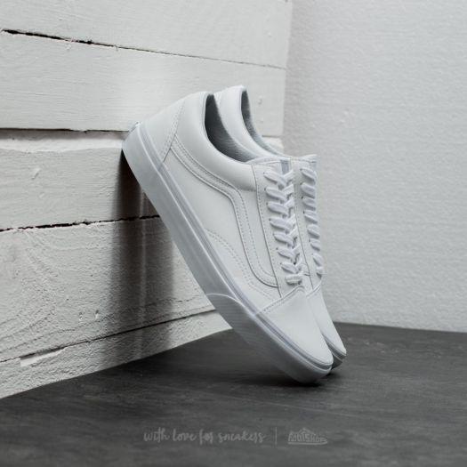 Vans Classic Tumble Old Skool Women's Sneakers True White