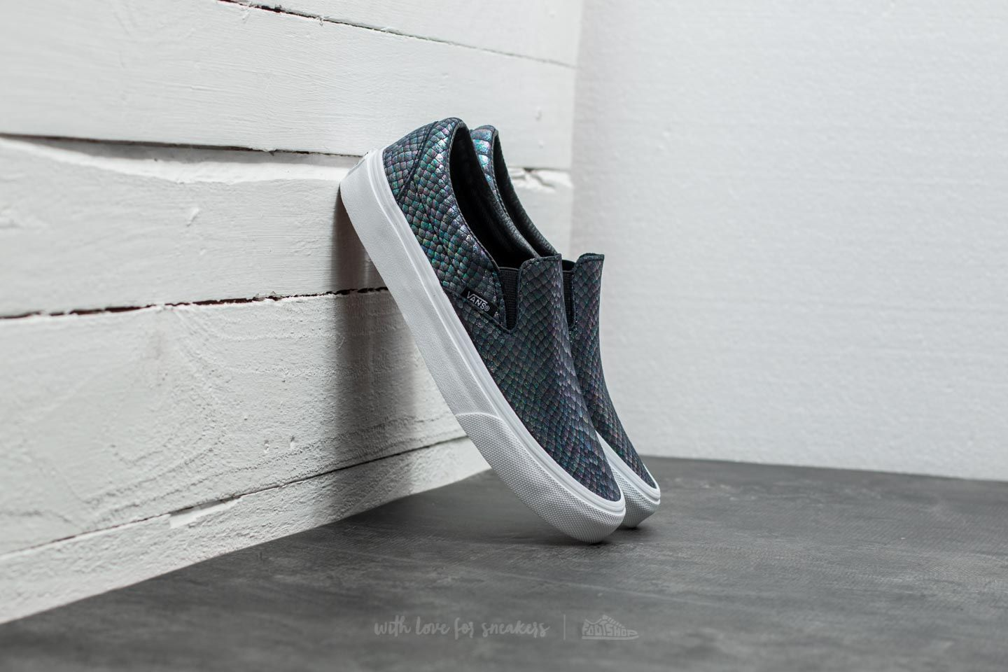 Vans Classic Slip-On (Metallic Snake) Silver  True White  ea9431117
