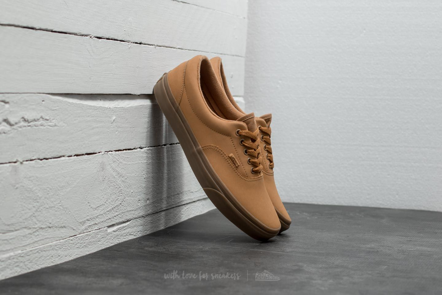 309454dadb Vans Era (Vansbuck) Light Gum  Mono