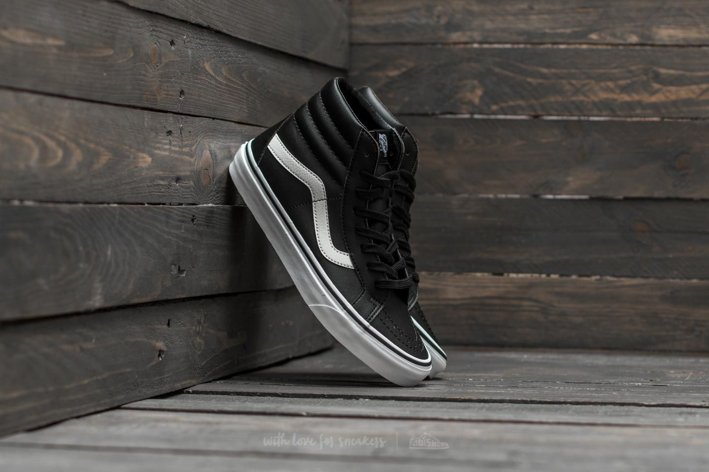 bfb3671cc60 Vans Sk8-Hi Reissue (Classic Tumble) Black  True White at a great