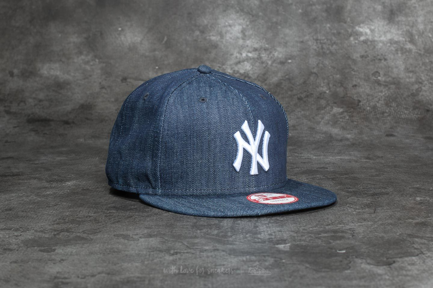 6683d99bce5 New Era 9Fifty Denim Basic New York Yankees Cap Navy  White ...